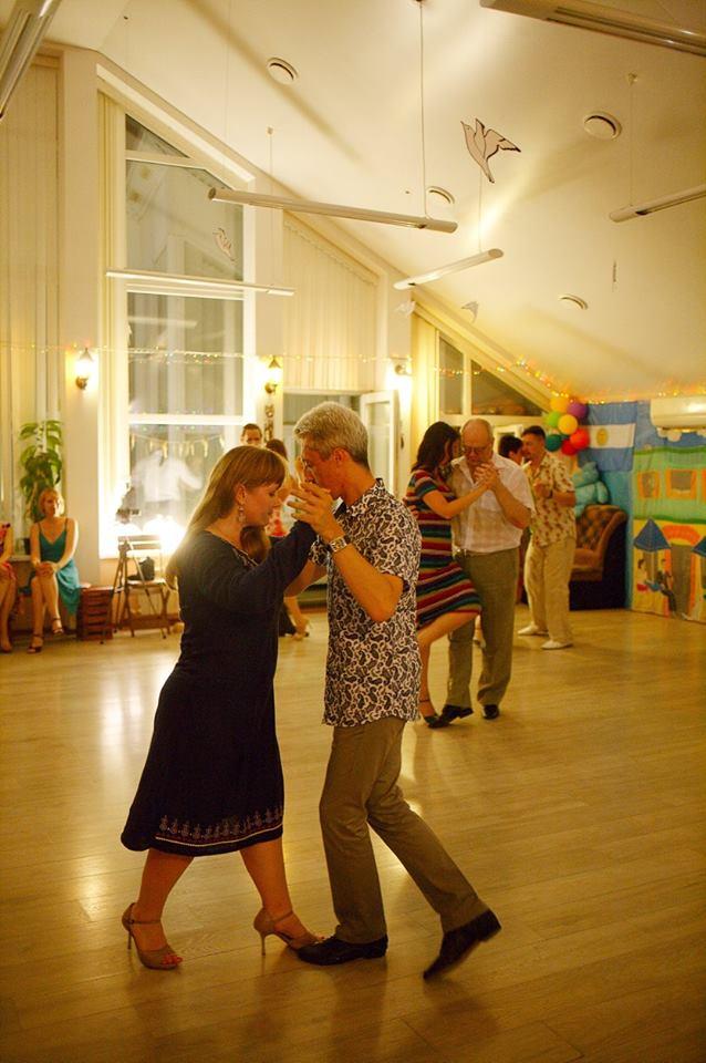 Клуб аргентинского танго в Орле Contigo